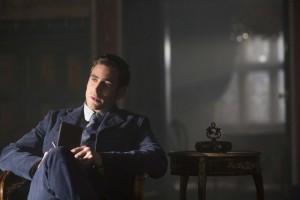 Oliver Jackson-Cohen as Jonathan Harker